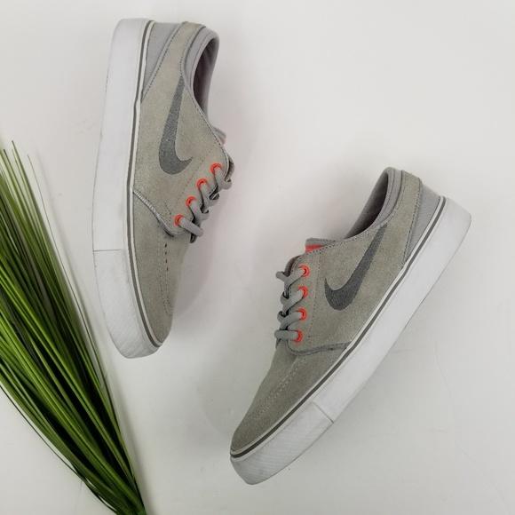 Nike Other - Nike SB Stefan Janoski Skate Shoes  Sz5Y